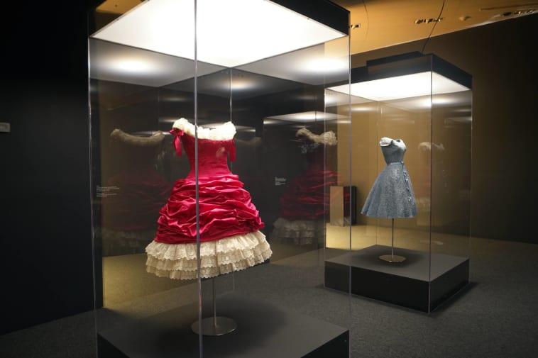 Voluminous dresses by Balenciaga