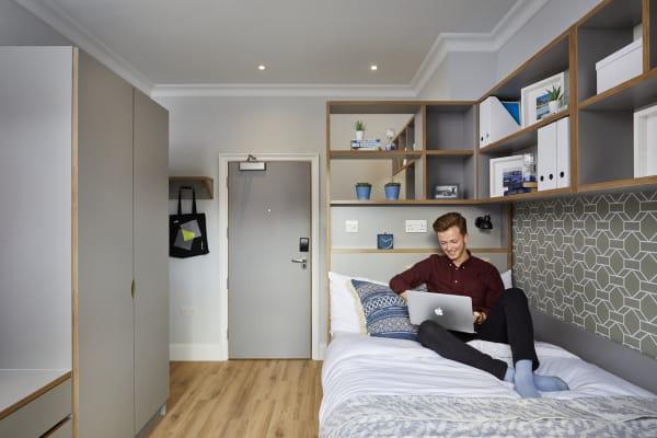 Wigram-House-shared-bedroom.jpg