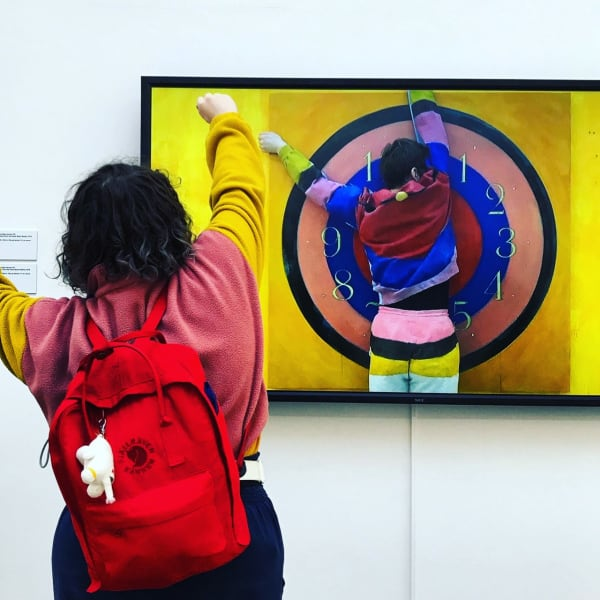 student-in-gallery.jpg