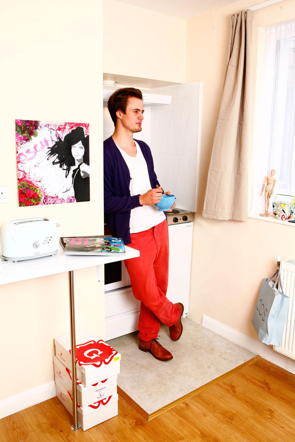 Boy_in_Room.jpg