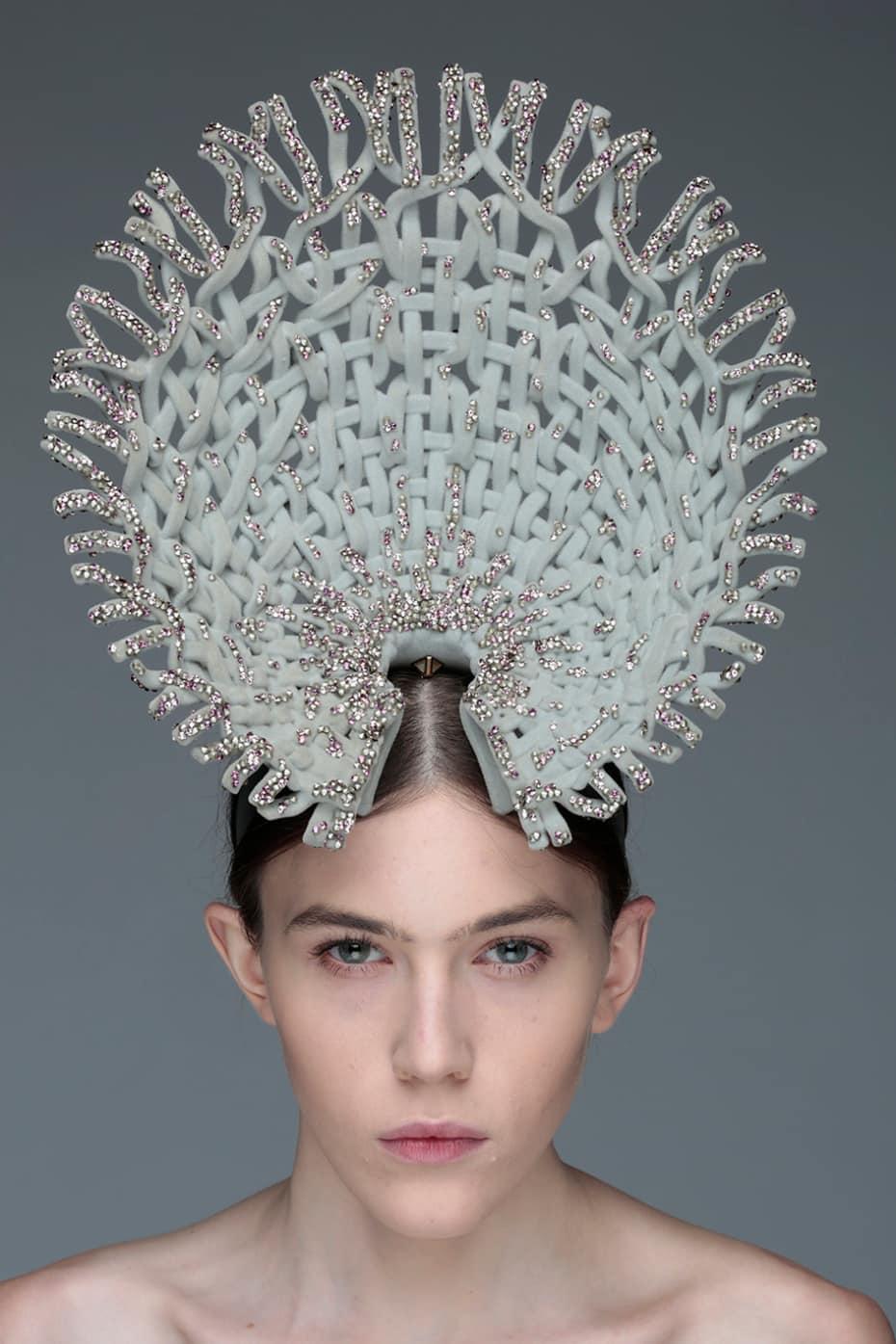 Ruiyin-Lin-Swarovski-headpiece.jpg