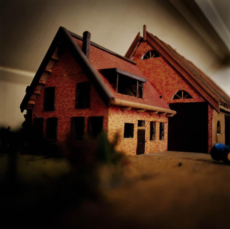 02modelhouse.jpg