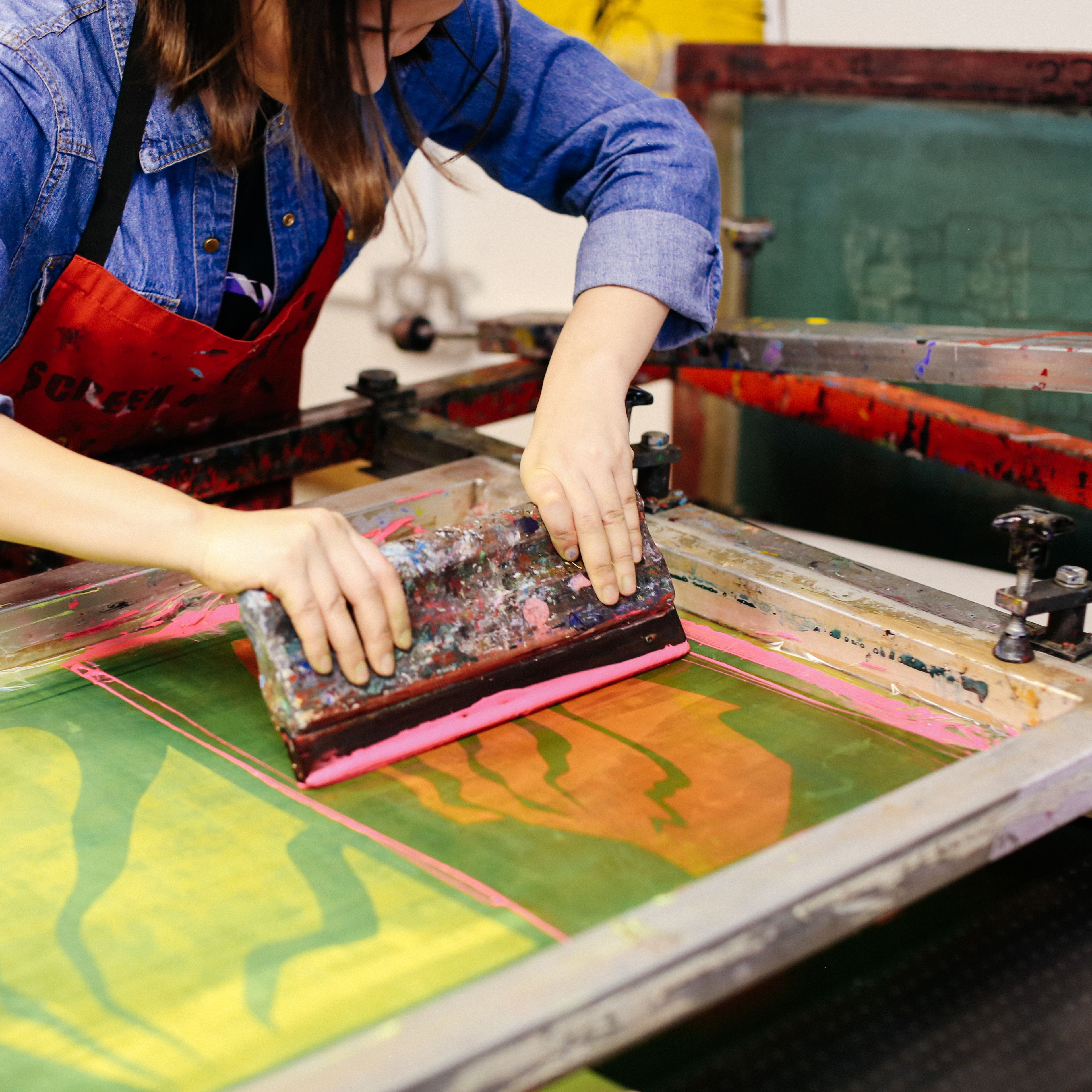 Student using the Screen Printing facility