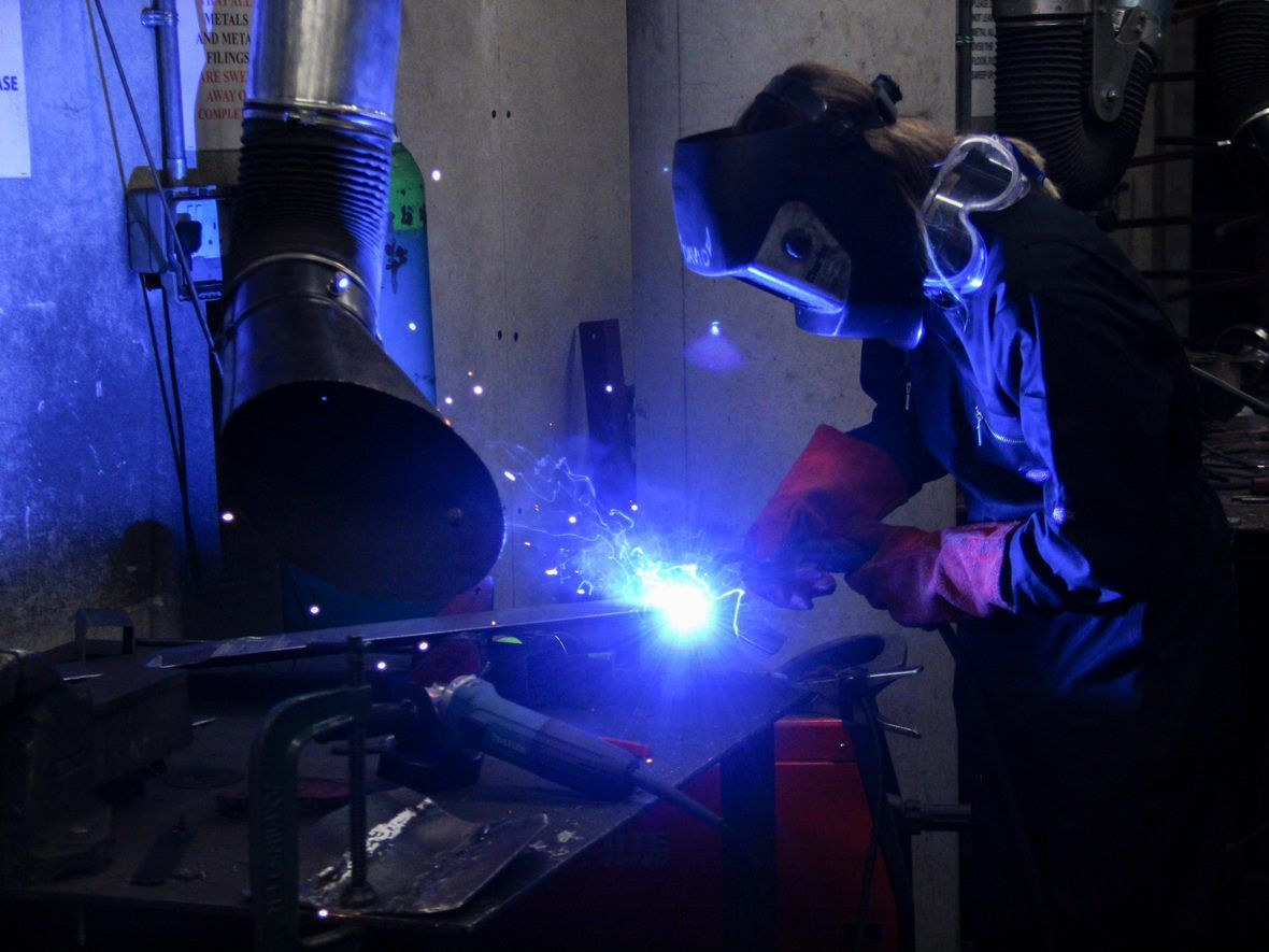 INTRODVYik_Introduction_To_Metalwork_And_Welding