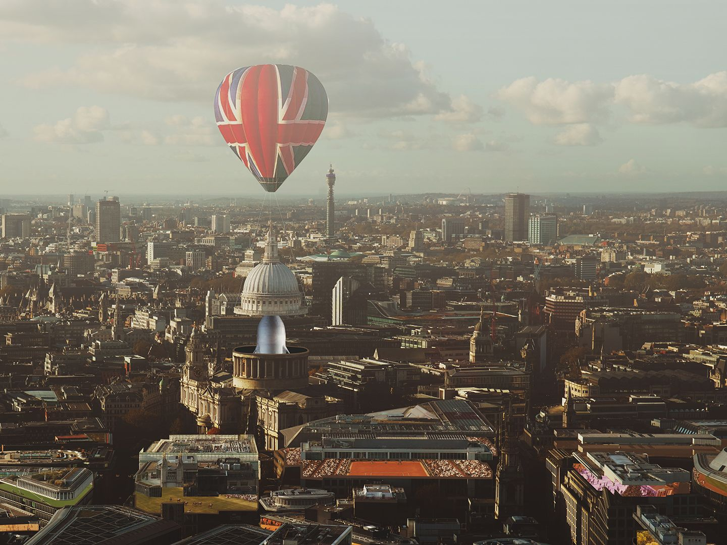 Landscape photography of London by Maggie Viegener