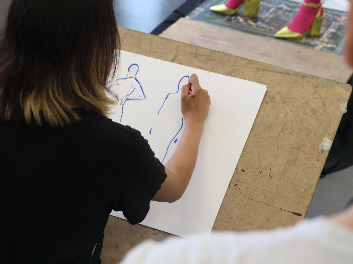 FASHIOF1n0_Fashion_Drawing_Summer_school