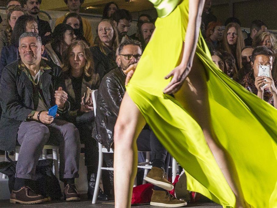 Model wearing Joanna Melbourne, walking a CSM catwalk (50097).