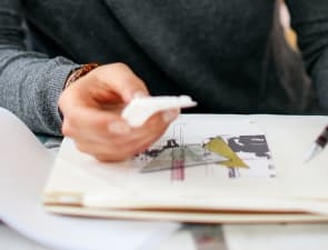 Insider's Guide to Starting a Fashion Business