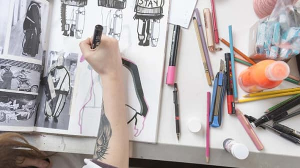 Hand drawing an image