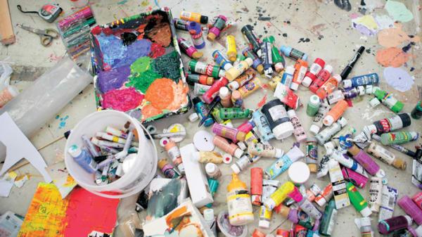 Multi coloured paint pots