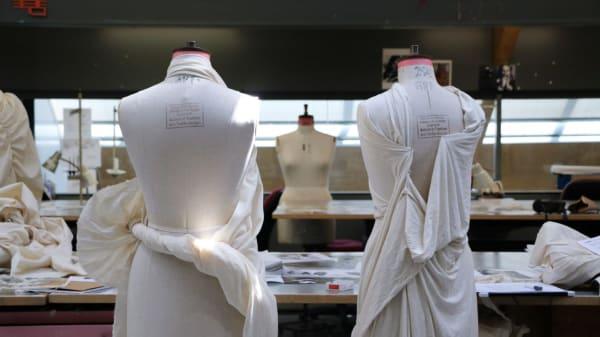 COUTURtCjz_CoutureBridalwear.