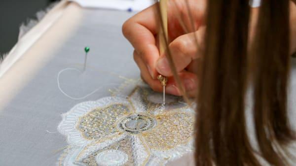 HAUTECMBjG_Haute_Couture_Embroidery