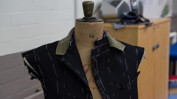 TAILOR7fAc_Tailoring