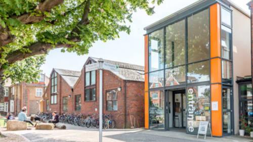 Exterior shot of the Wimbledon College of Arts building