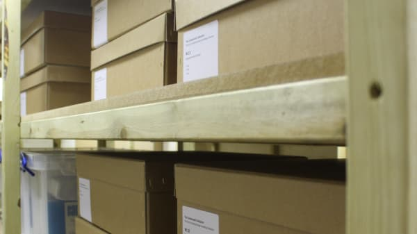 Objects and artefacts in storage