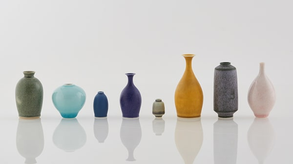 Miniature pots by Yuta Segawa