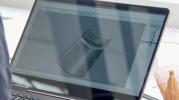 Tutor working on Mac