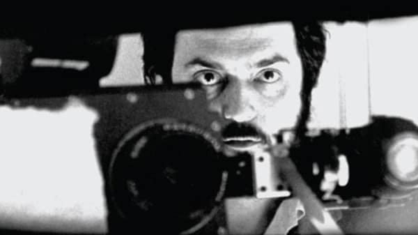 Stanley Kubrick during filming of 2001: A Space Odyssey (US/UK 1968) © Warner Bros. Inc.