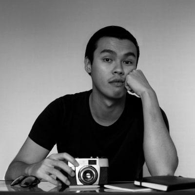 Kenneth  Lam