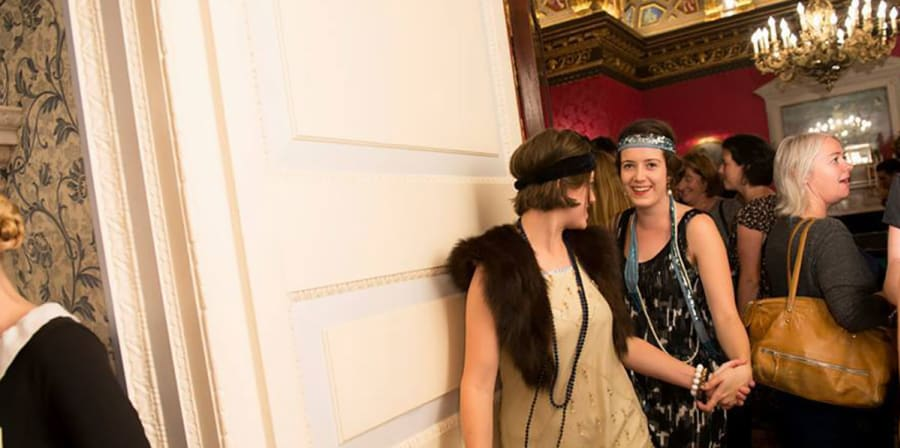 Emma attends a 1920s-style immersive theatre experience.
