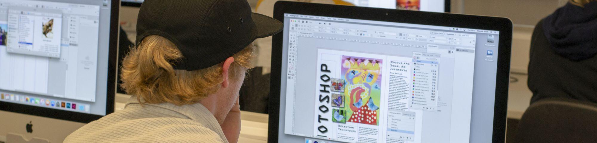 English Plus Digital Graphic Design (Summer)