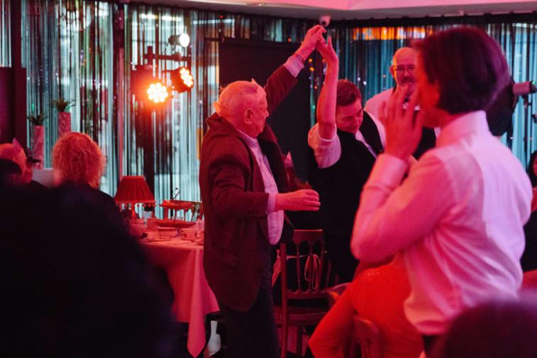 Guests at The Posh Club. Image © Unai Mateo Lopez