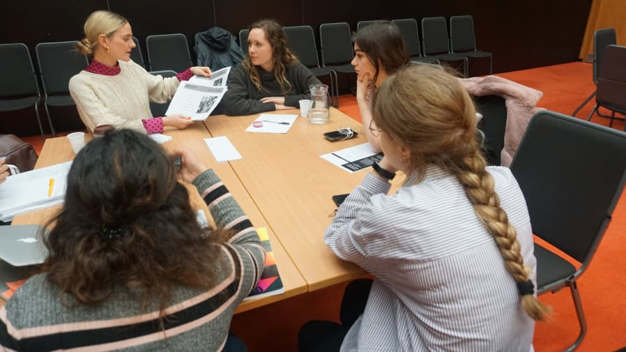 Students listening to representatives from Major Players Recruitment