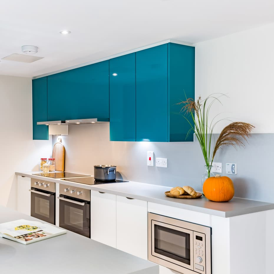 UAL-Garden-House-Student-Accomadation-Kitchen-600-x-600.jpg