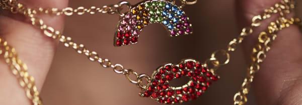 Tea Galastri: Jewellery Photoshoot. Image by Ben Turner