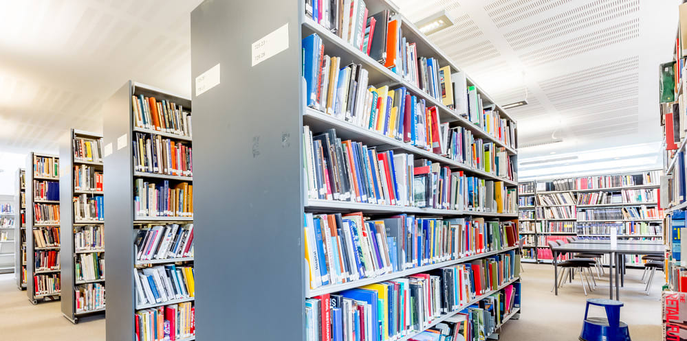 Chelsea Library opening hours | UAL