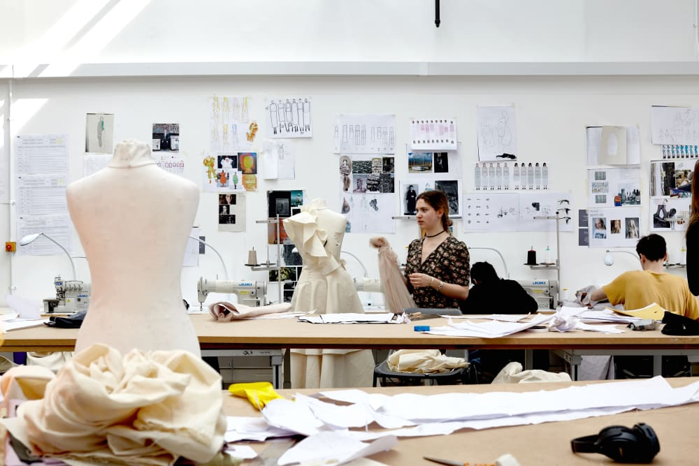 Dates, Deadlines and Fees | Central Saint Martins