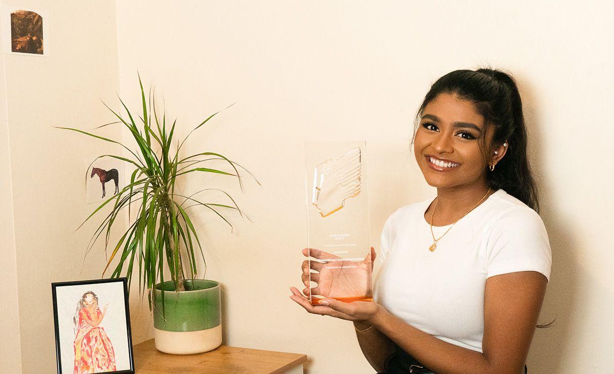 Ishavishali holds her RTS award.