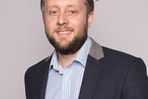 Dr Ian Hague