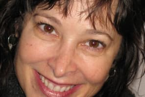 Dr Susan Edith Barnet