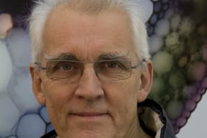 Professor Rob Kesseler