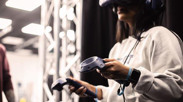 Tech Talks 1 - Alejandro on VR