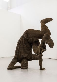Breakdance inspired sculpture by Izaak Brandt.