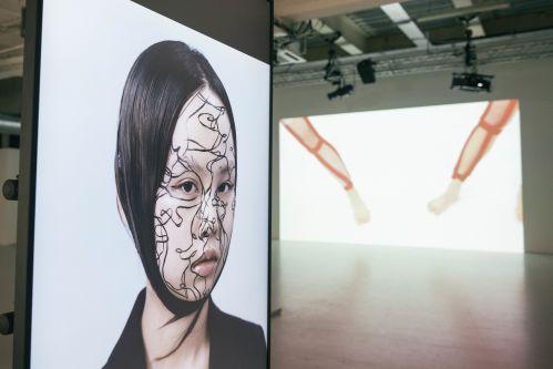 Digital work on screens