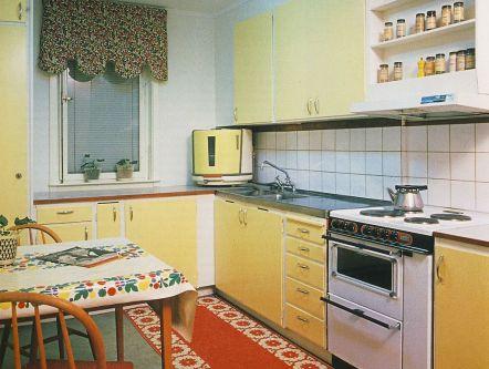 1950s kitchen image