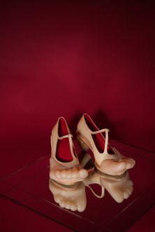 Shoes shaped like human feet