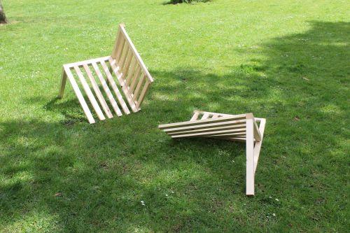 Bench split in two