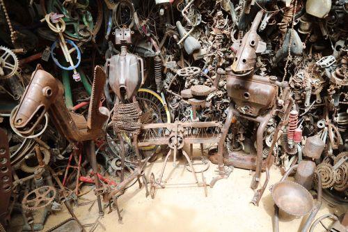Metal sculptures documented as part of Route-Artlantique project