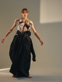 Male model wearing oversized trousers