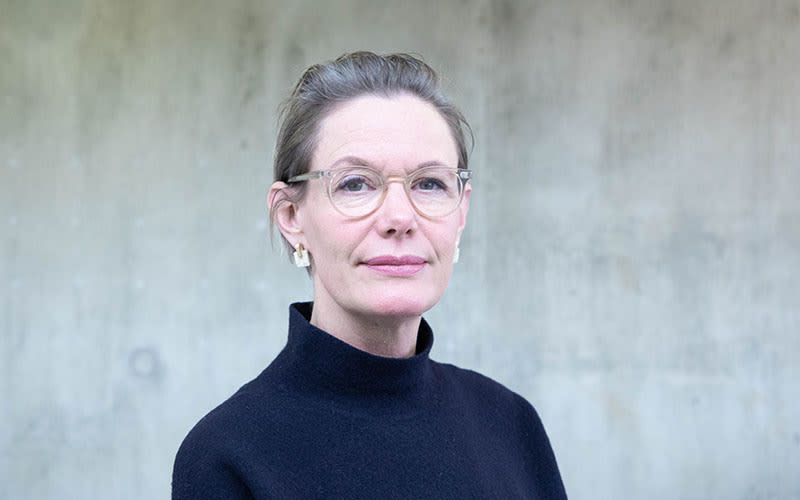 Amanda  Jenkins