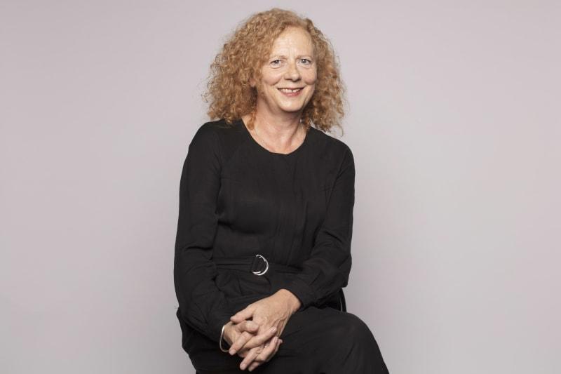 Gill  Henderson