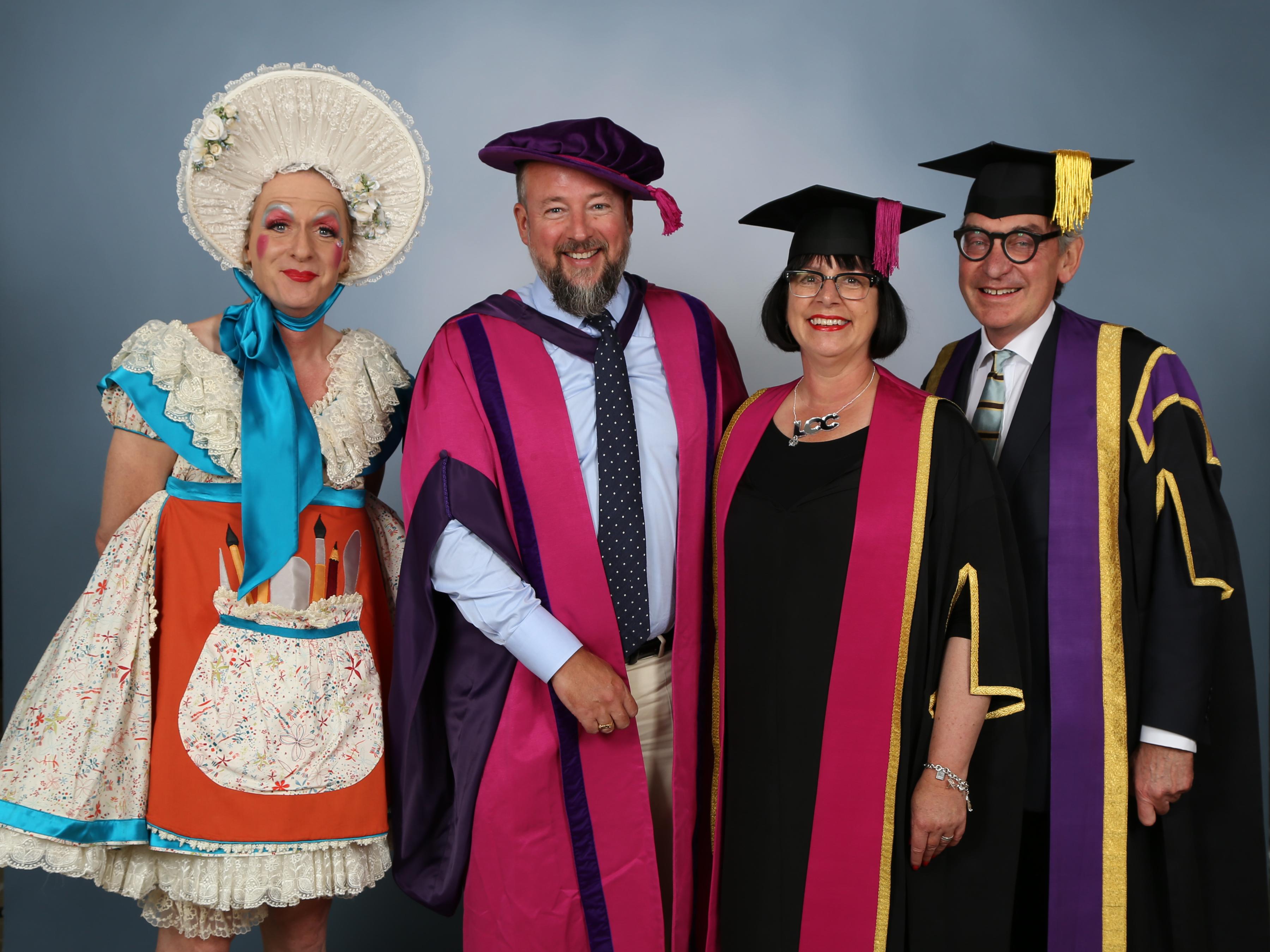 Shane Smith, Honorary Graduate