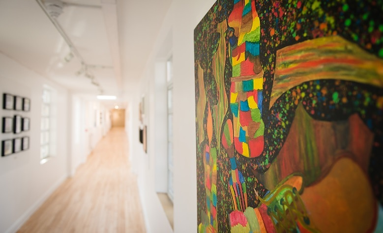 Image of the Maudsley Long Gallery: www.slam.nhs.uk