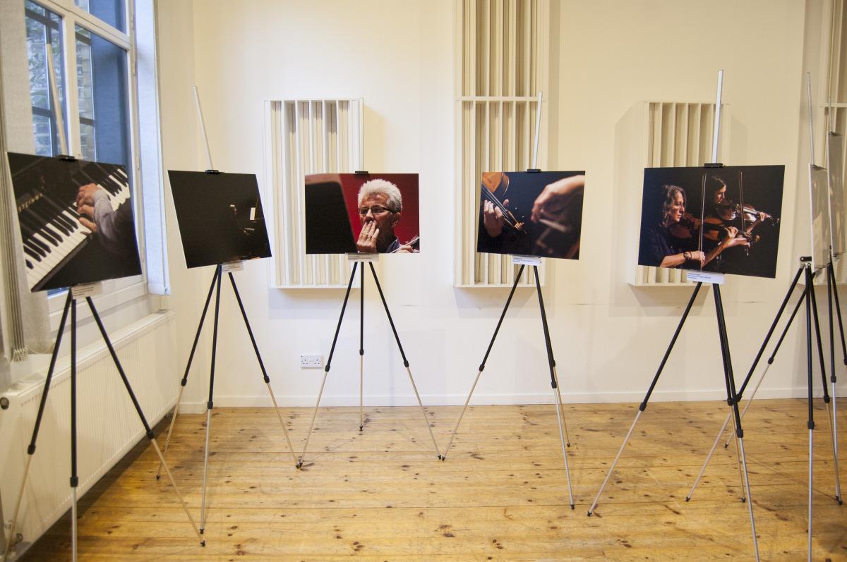 through-the-lense-exhibition023