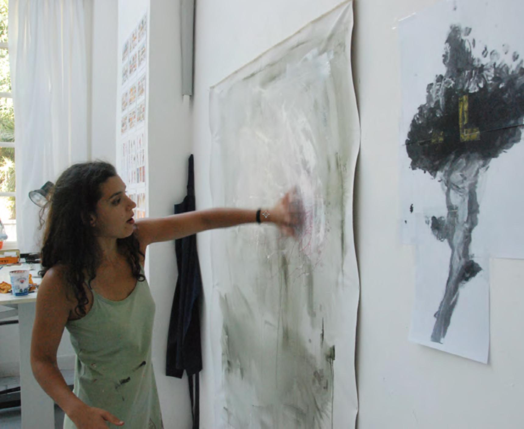 photo of Ana Teles in studio