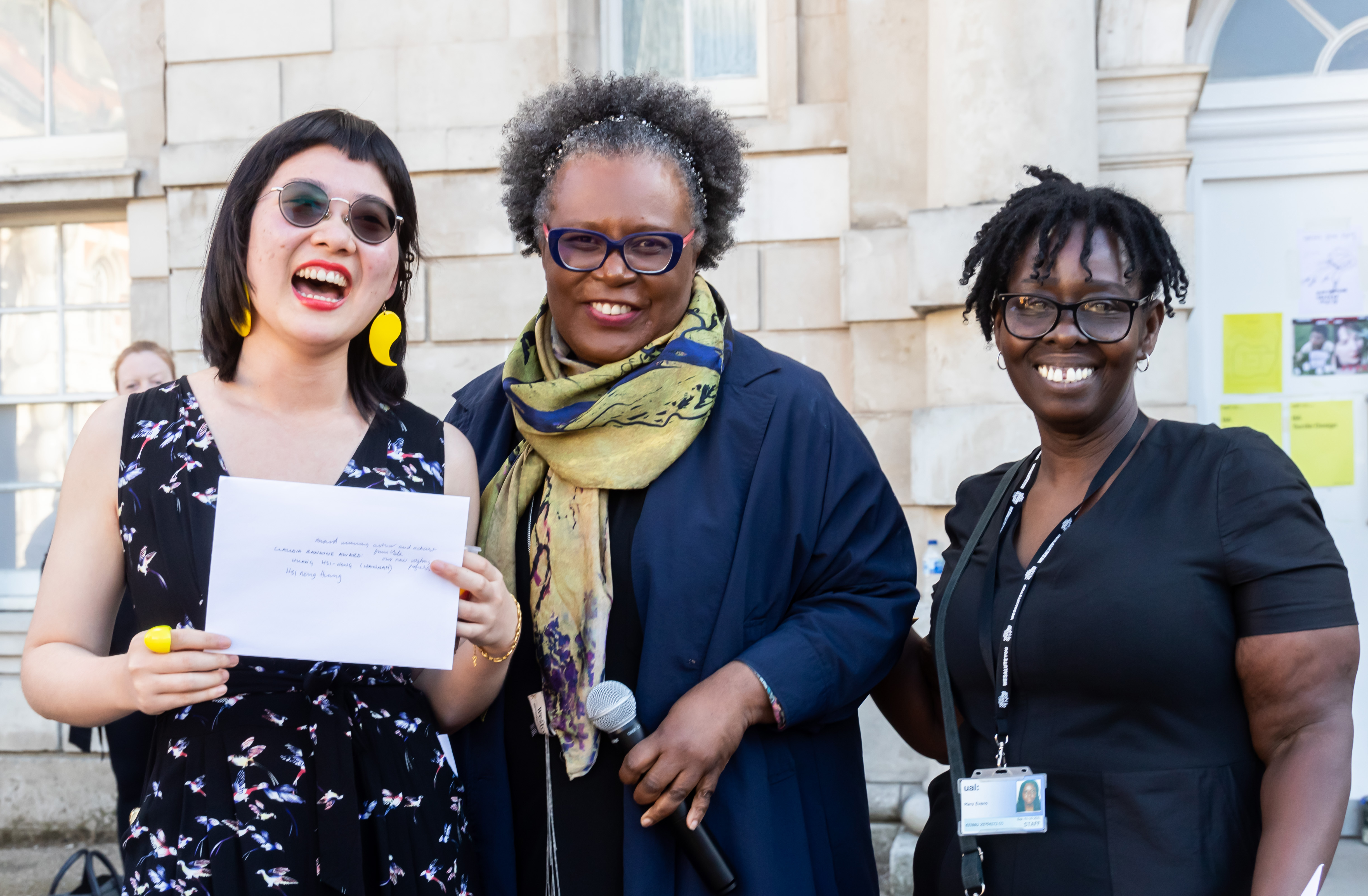 Recipient of the Claudia Rankine Prize Hsi-Nong Huang with Claudia Rankine and Mary Evans (BA Fine Art Course Leader, Chelsea)